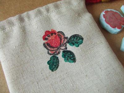 [八月手作] 恋上橡皮章の叠罗型印章 牡丹与野果